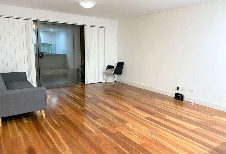 2 Bedroom Apartment in Convenient Location
